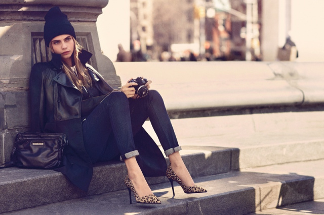 xdkny-fall-cara-ads2.jpgqresize640P2C426.pagespeed.ic_.GnlP75WxXA